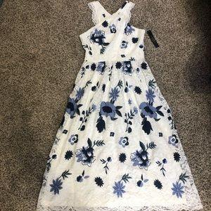 NWT Tahari lace midi dress